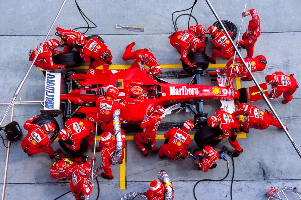 F.1 Ferrari lenta in pista e lenta nei pit stop: scende al 7.posto in classifica